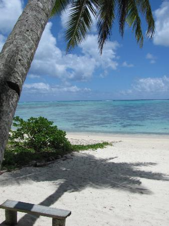 Amuri Sands, Aitutaki: Out the front of the accommodation