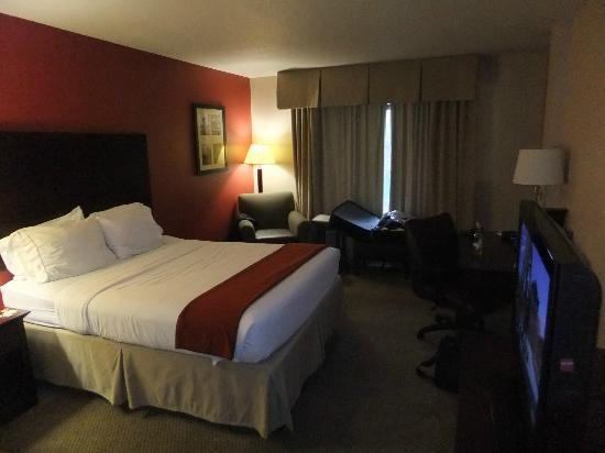 Holiday Inn Express Albany - Downtown: our room (two queen beds)