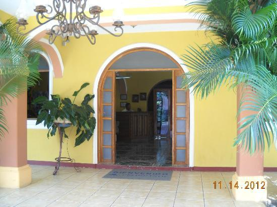 Hotel Gran Oceano: Hotel entry