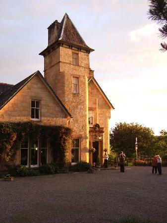 sunset glow - Dungallan Country House