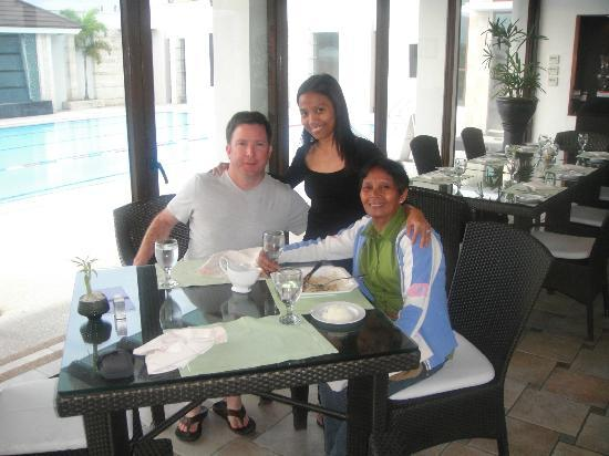 Marco Polo Davao: My family by the pool