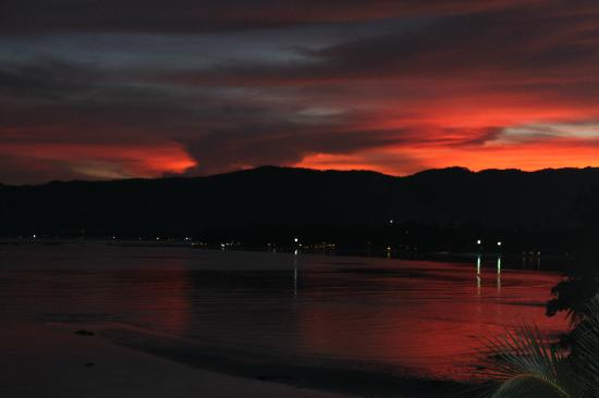 Samui Island Beach Resort and Hotel: Sunset
