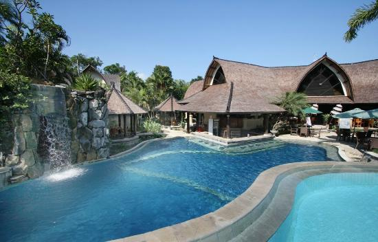 Hotel Vila Lumbung : 2 Level Swimming Pool