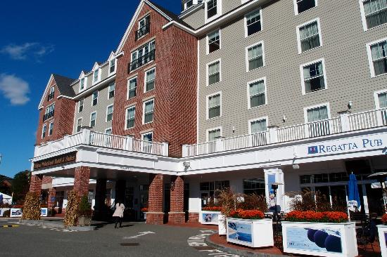 The Salem Waterfront Hotel &amp; Marina: Esterno