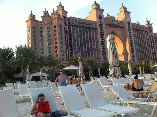Atlantis, The Palm: View from beach