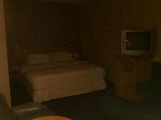 Four Points by Sheraton Brussels: The bed is well known to Sheraton users, and is very comfortable