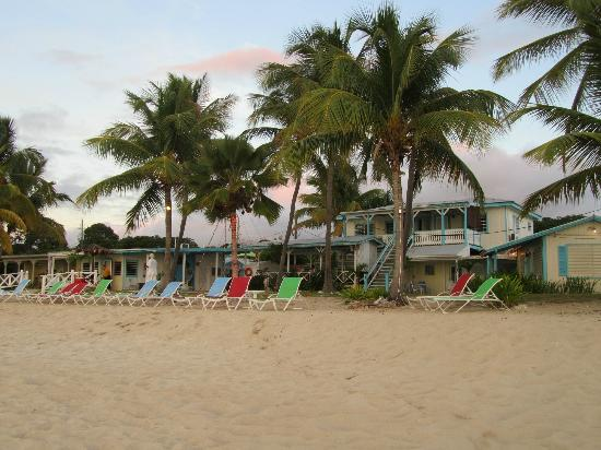 Cottages By The Sea: oceanfront rooms and beach