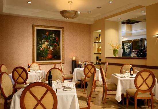 Renaissance Los Angeles Airport Hotel: 96th Street Bistro