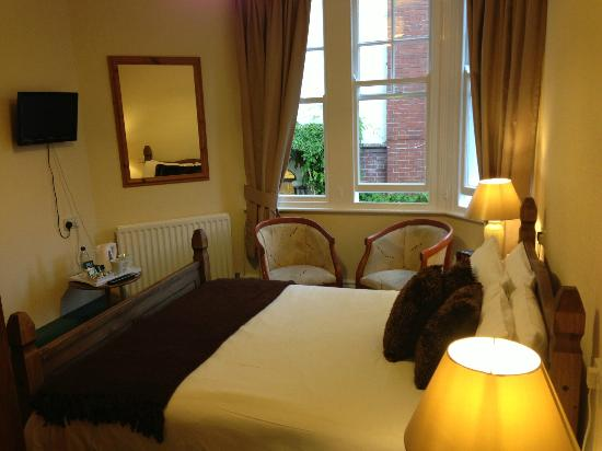 Kingsholm Hotel: Bedroom 3 - King En-Suite
