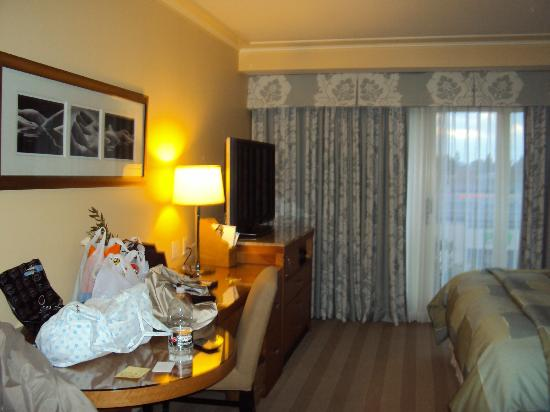 Hotel Amarano Burbank: Quarto