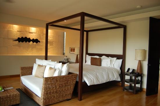Blue Diamond Riviera Maya by BlueBay: Interior of a lagoon-side junior suite