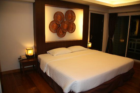 Golden Sea Pattaya: Номер Deluxe Room