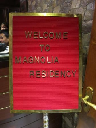 Magnolia Residency: The best place to stay in Darjeeling! We loved it!