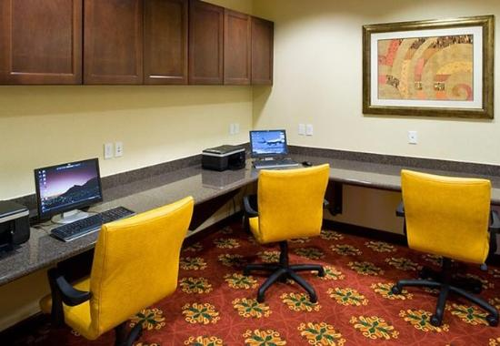 Residence Inn Tucson Airport: Business Center