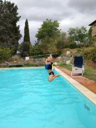 Al Giardino degli Etruschi: Great pool