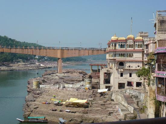 Omkareshwar attractions