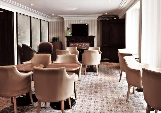 Millennium Gloucester Hotel London Kensington: Club Lounge