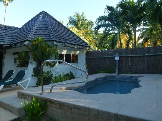 Galley Bay Resort: plunge pool No 18