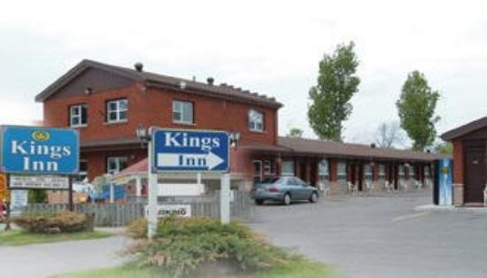 KINGS INN ORILLIA: Exterior View