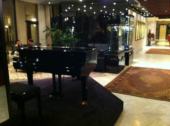 Hotel Le Royal Luxembourg: Piano Bar