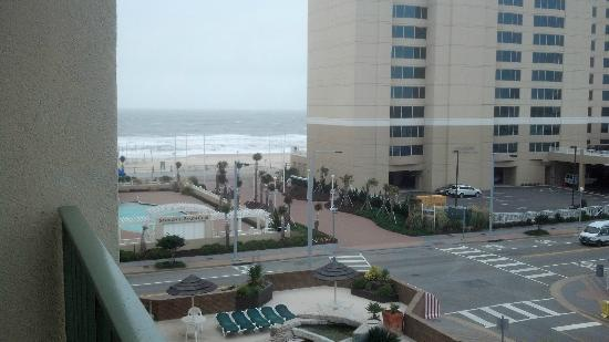 Virginia Beach Days Inn at the Beach: View of the beach