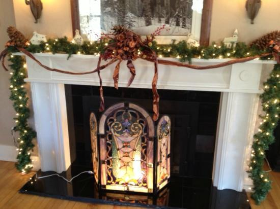Cranmore Inn: lovely holiday decor