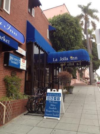 La Jolla Inn : entrance