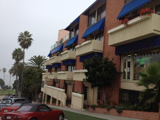La Jolla Inn: foggy morning