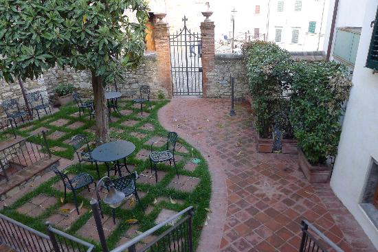 Palazzo San Niccolo&#39;: our patio