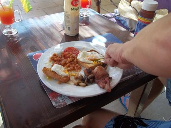 Sincerity Apart Hotel: English Breakfast Every Morning 5lira = about £1.75p