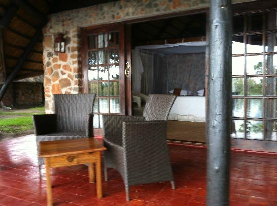 Thorntree River Lodge: Lovely private porch