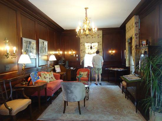 Morrison House, a Kimpton Hotel: Morning Room/Drawing Room
