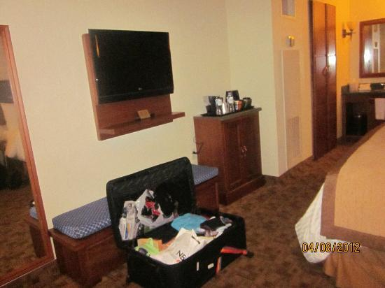 Tv Coffee Maker Picture Of Wyndham Garden Hotel Baronne Plaza New Orleans Tripadvisor