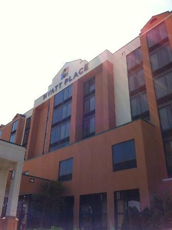 Hyatt Place Auburn Hills: Outside
