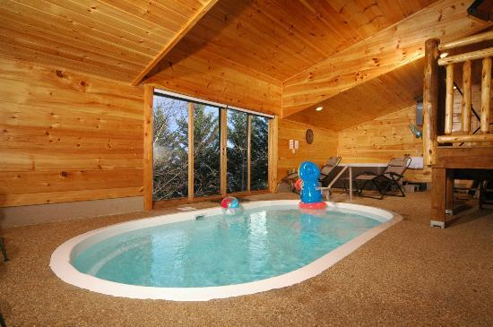 Private indoor pools picture of smoky cove chalet and for Private indoor swimming pools