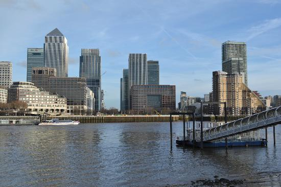 This image may not be the property of londondockland.com, and is used in this blog to give a rough impression of the market or field the domain name might be used for. If you 'right-click' on the image you can go to the image source.