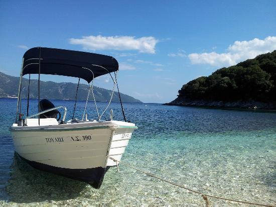 Agia Efimia, Grecja: Hire a boat for the day