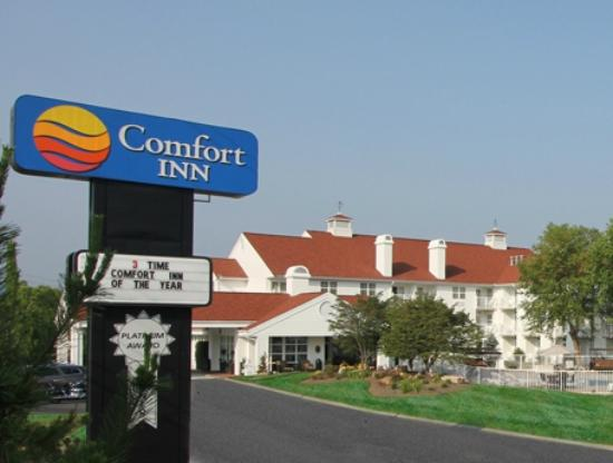 ‪Comfort Inn Apple Valley‬