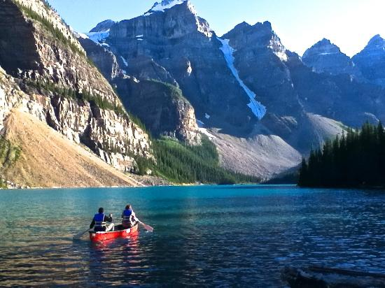 Mountaineer Lodge: Lake Moraine-Valley of the Ten Peaks