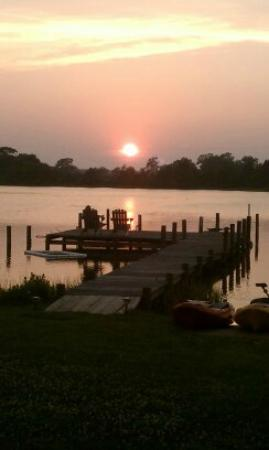 Port Haywood, : Sunset at The Inn at Tabbs Creek