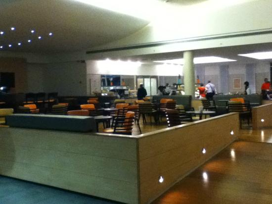 Bar And Restaurant Picture Of Hilton Garden Inn Rome Airport Fiumicino Tripadvisor