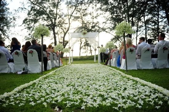 Spectacular Lawn Wedding Sala Phuket Picture Of Mai Khao Thalang District Tripadvisor