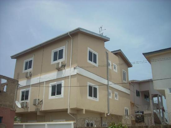 Royal german apartments greater accra ghana for Apartment plans in ghana
