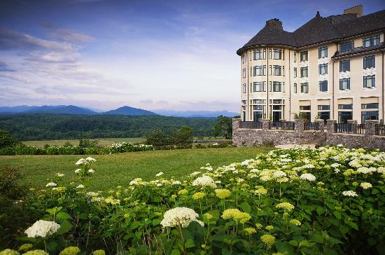 Inn on biltmore estate asheville nc 2017 hotel review for Biltmore estate wedding prices
