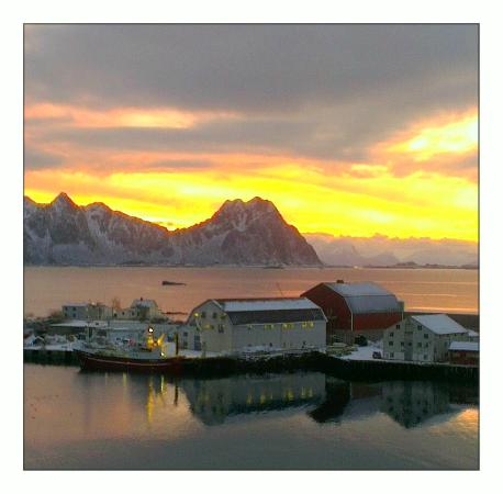 Thon Hotel Lofoten: View from the room on 9th floor.