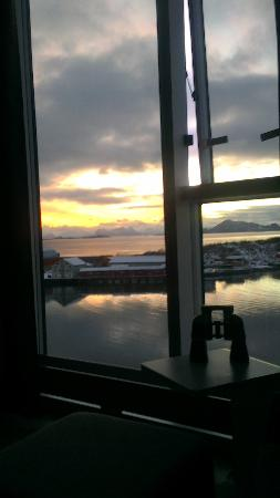 Thon Hotel Lofoten: View from the room on 9th floor