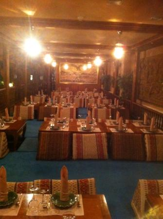 Garden zone picture of siam palace thai restaurant for Royal boutique residence prague tripadvisor