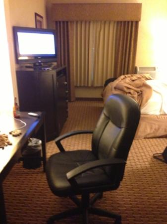Comfort Suites Moses Lake : cheap chair for such a quality hotel
