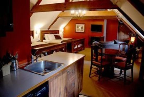 Auberge Place D&#39;Armes: Kitchen