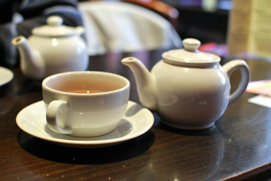 The Melville Bar: Cup of tea